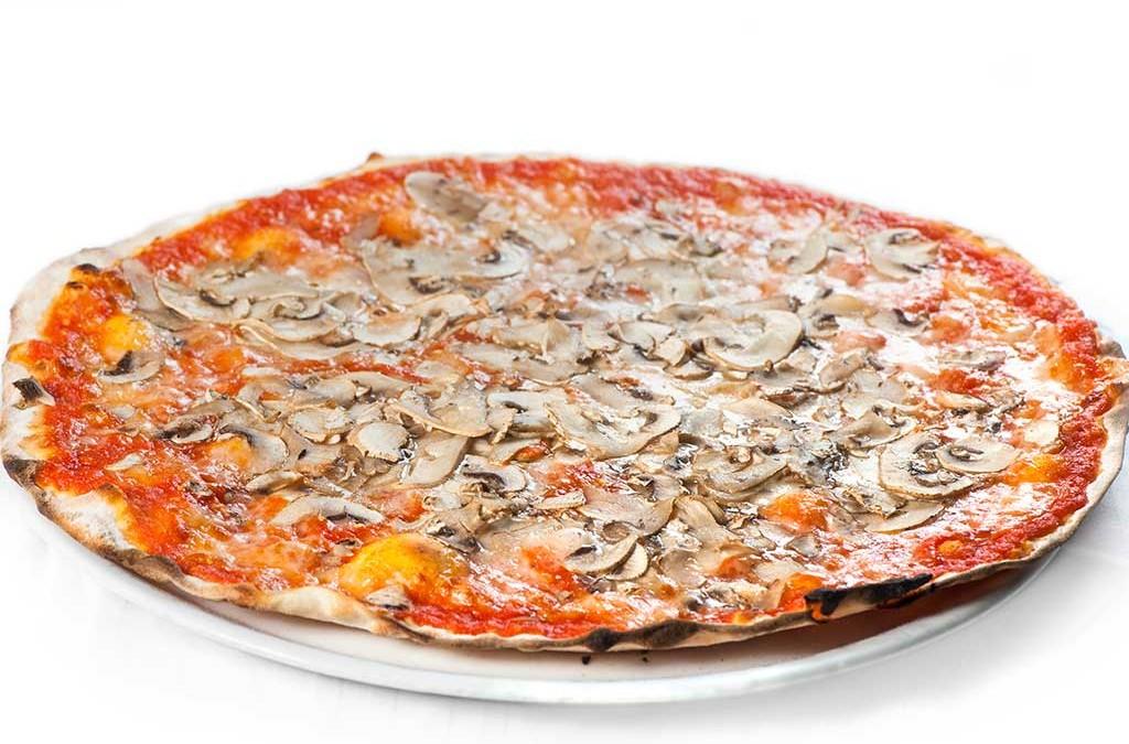 pizza con i funghi, pizza ai funghi, ristoranti di roma, pizzeria, pizzeria di roma, pizzerie di roma, mangiare a roma