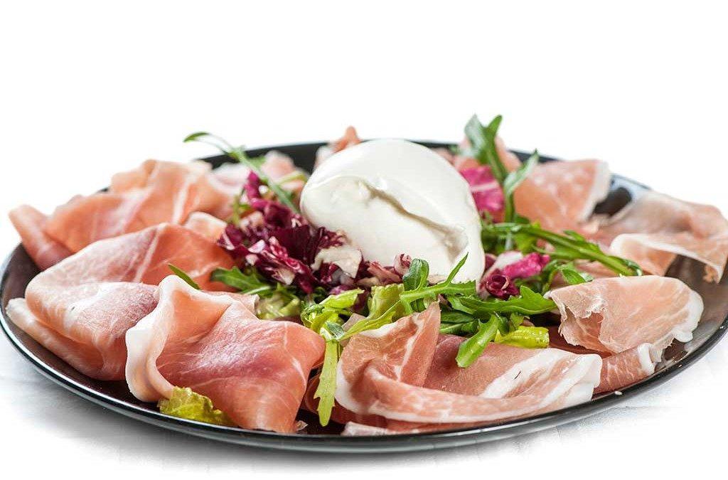 antipasto prosciutto e mozzarella, antipasto, ristorante di roma, mangiare a roma, ristoranti di roma, ristoranti a roma, ristorante a roma