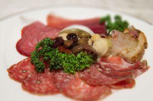 antipasto all'italiana, antipasto all'italiana, salumi, formaggi, ristoranti di roma, mangiare a roma, ristorante a roma, antipasto