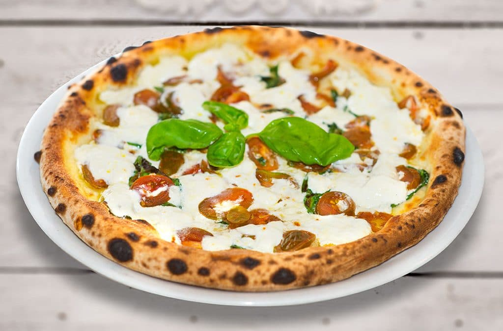 pizza margherita con bufala, ristoranti di roma, magiare a roma, ristoranti a roma, pizzeria, roma