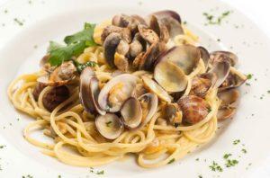 spaghetti con le vongole, spaghetti alle vongole, ristoranti di roma, ristoranti a roma, mangiare a orma, ristorante a roma, ristorante di roma, cucina marinara, cucina di pesce, ristorante di pesce,ristorante roma